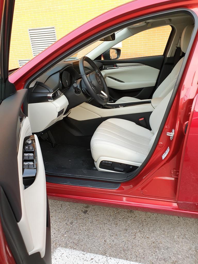 Mazda 6 Wagon, tiburones 37