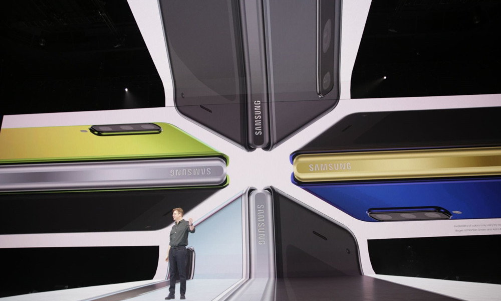 Samsung presenta el smartphone plegable, Galaxy Fold 39