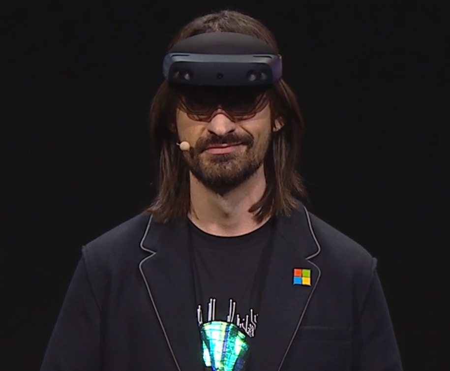 Microsoft presenta HoloLens 2 42
