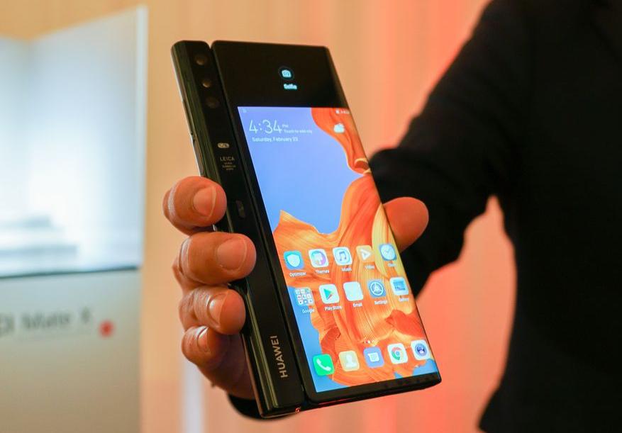 Huawei Mate X, impresionante smartphone plegable con 5G 33