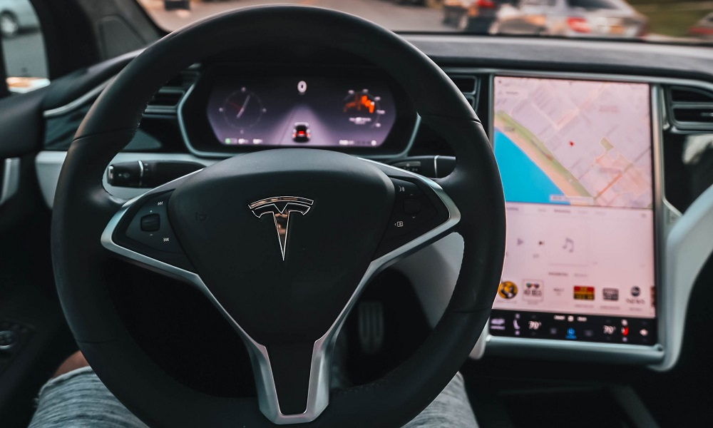 Tesla actualizará a Chromium el navegador de sus coches 30