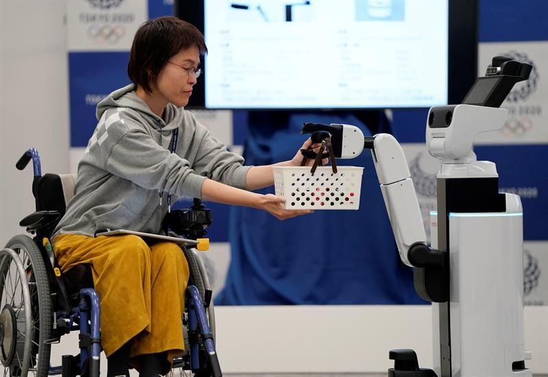 Tokio 2020 Robots Asistentes