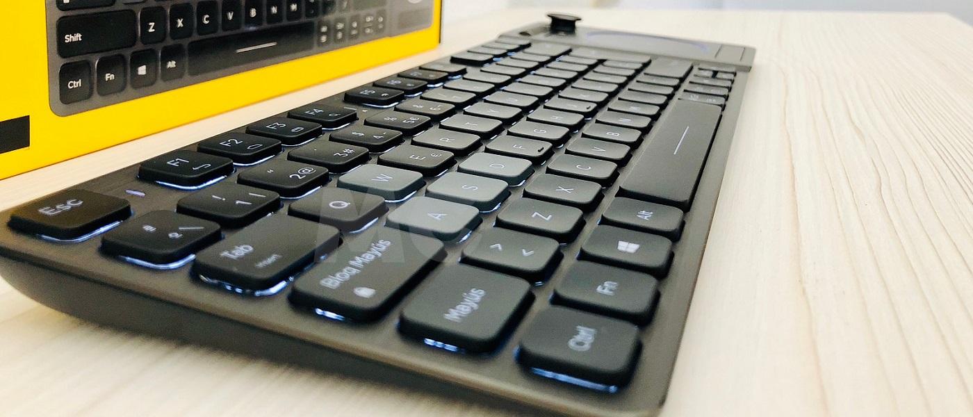 Análisis del Corsair K83, un teclado con complejo de varita mágica 30