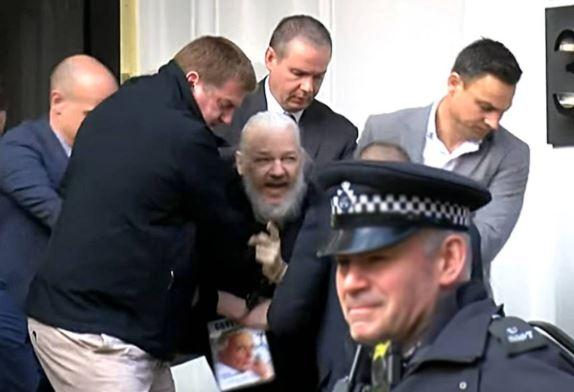El fundador de WikiLeaks, Julian Assange, ha sido detenido en Londres 29