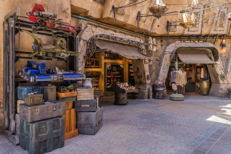 Disneyland Star Wars Galaxy Edge
