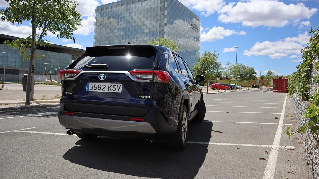 Toyota RAV4 2019, confiado 45