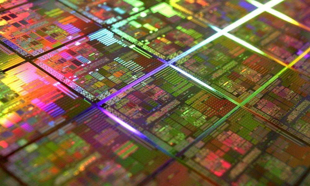 Intel meterá más transistores en 7 nm que Samsung en 3 nm 32