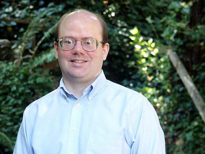 Larry Sanger, cofundador de Wikipedia, convoca una huelga de redes sociales para recuperar la privacidad 34