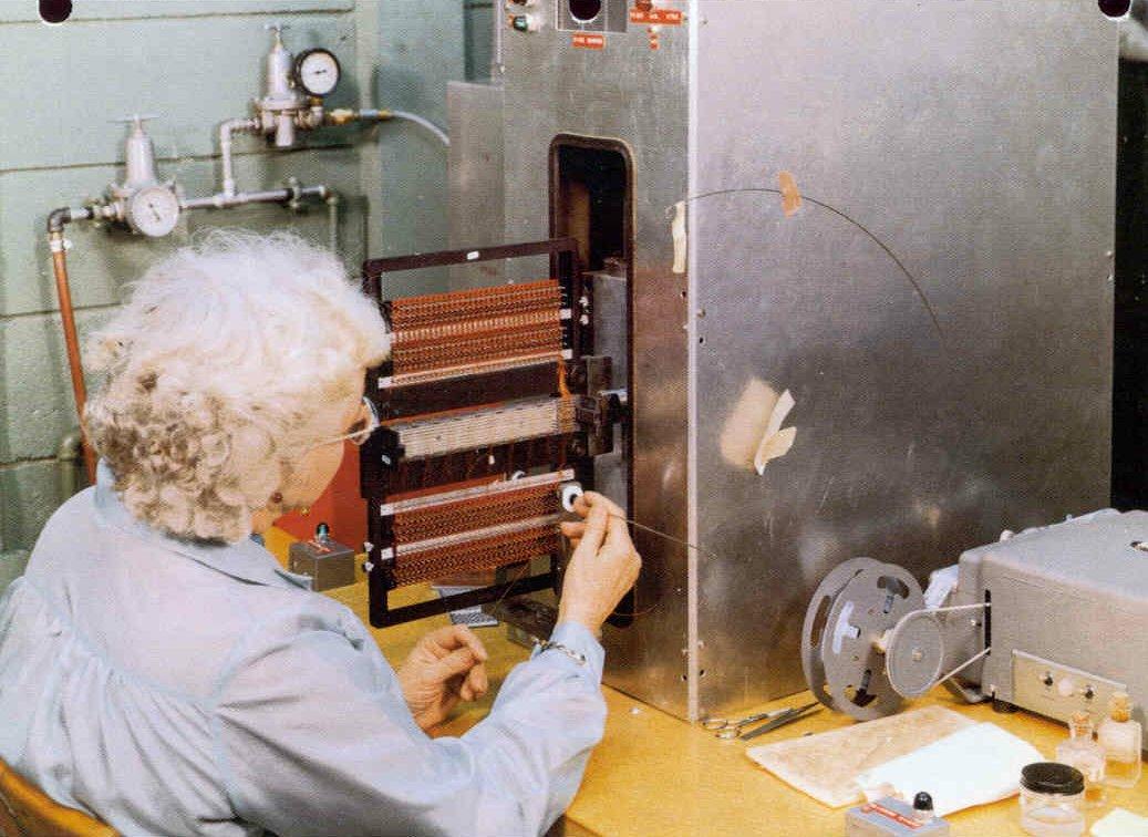 Apollo Guidance Computer, la historia del ordenador que nos llevó a la Luna 41