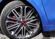 Kia ProCeed GT 2019, suelo 135