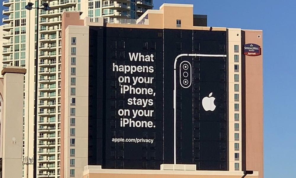 Apple y Google suspenden las escuchas humanas en asistentes digitales