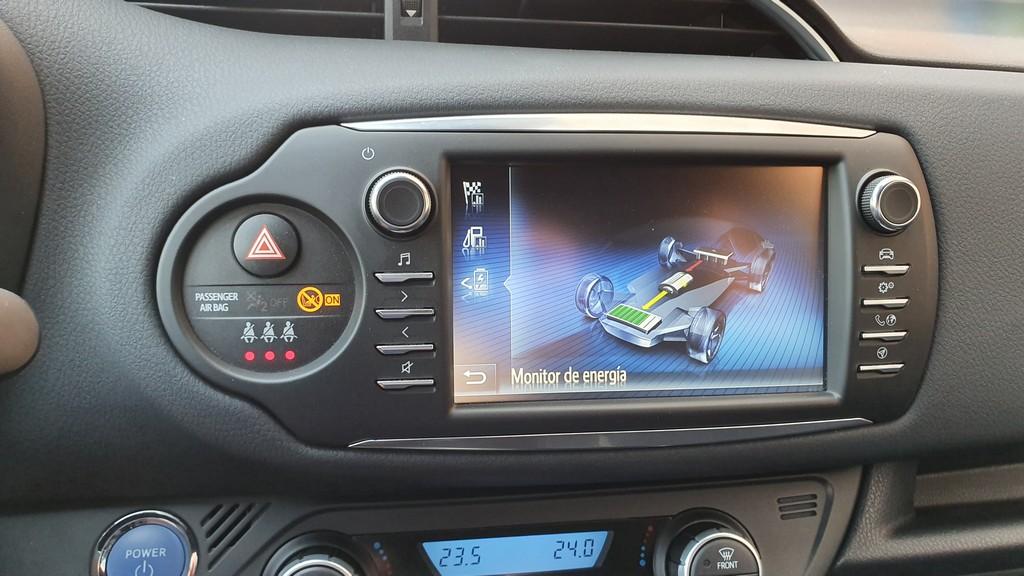 Toyota Yaris Hybrid GR Sport, pasos 45