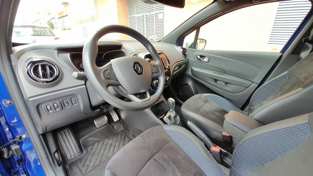 Renault Captur, reflexivo 36