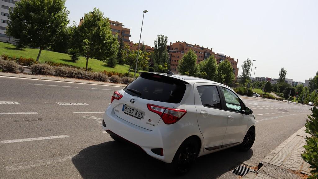 Toyota Yaris Hybrid GR Sport, pasos 47