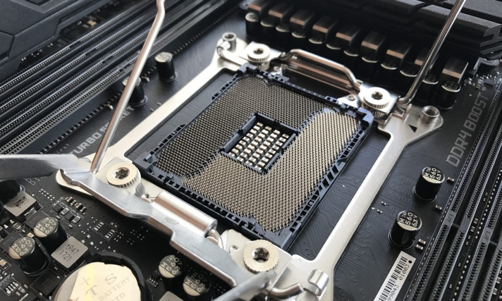 Placas base compatibles con Intel Core X 10000 socket X299