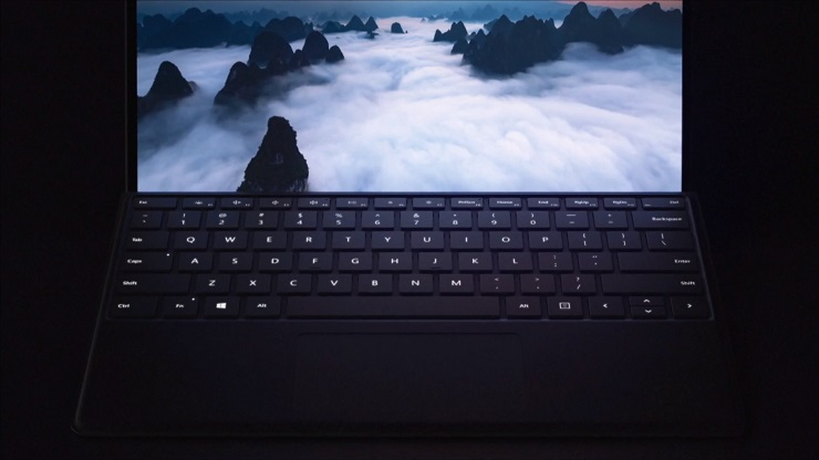 Microsoft presenta el Surface Pro X: potente, ligero y con corazón móvil 36