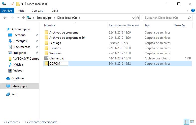 Creando la carpeta CDROM en C: en Windows 10 para montar ahi la unidad de CD-ROM