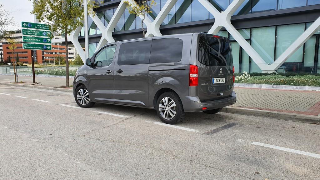 Peugeot Traveller, fondos 34