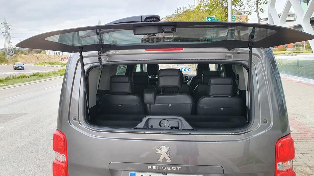 Peugeot Traveller, fondos 44