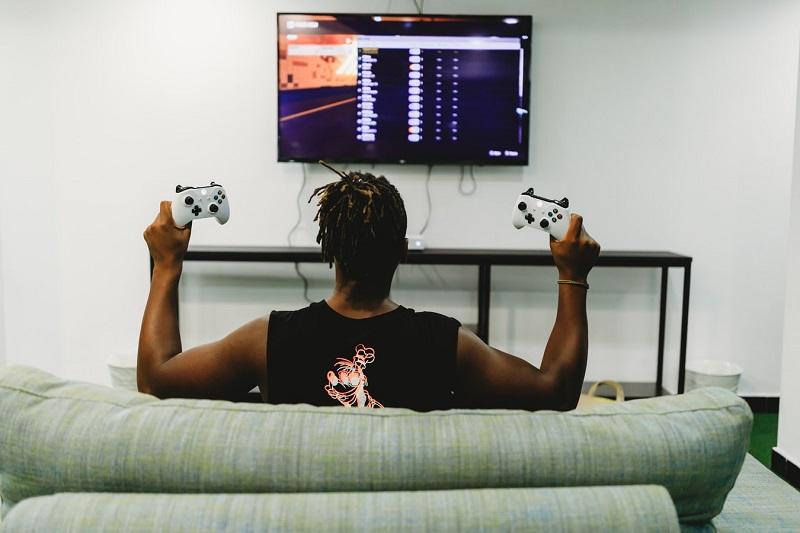 Cinco razones por las que merece la pena jugar en PC y otras cinco para jugar en consolas 45