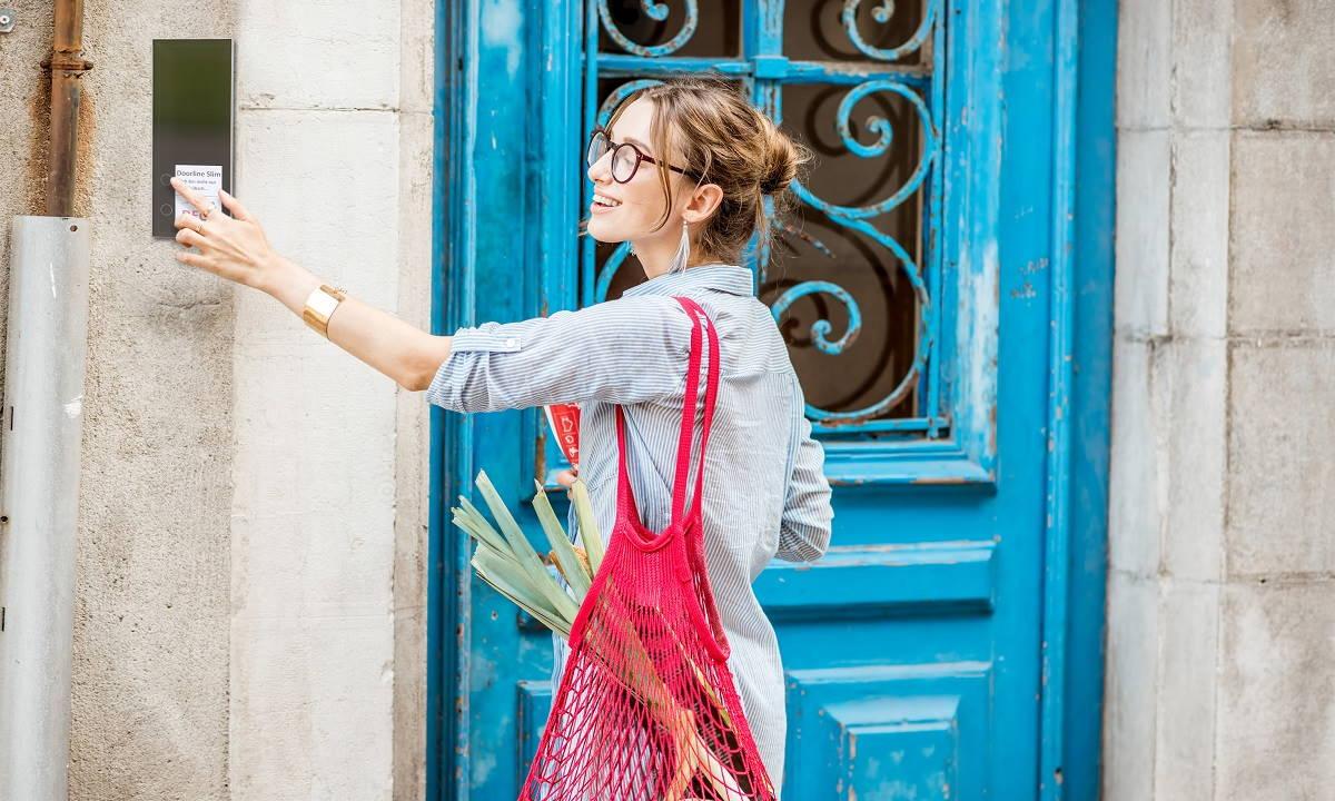Los intercomunicadores de puerta inteligentes DoorLine llegan a España 28