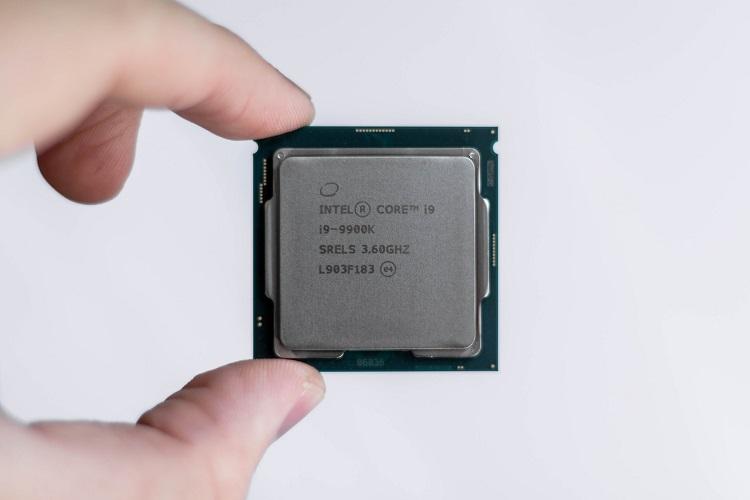 Adiós a los procesadores de cuatro núcleos, Intel Comet Lake llegará en configuraciones de 6, 8 y 10 núcleos 32