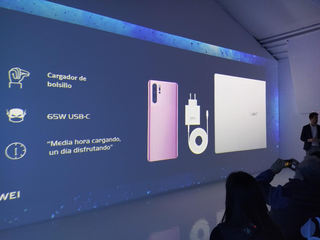 Huawei, más que móviles: lanza los nuevos ultraligeros MateBook D y los FreeBuds 3 en color rojo 42