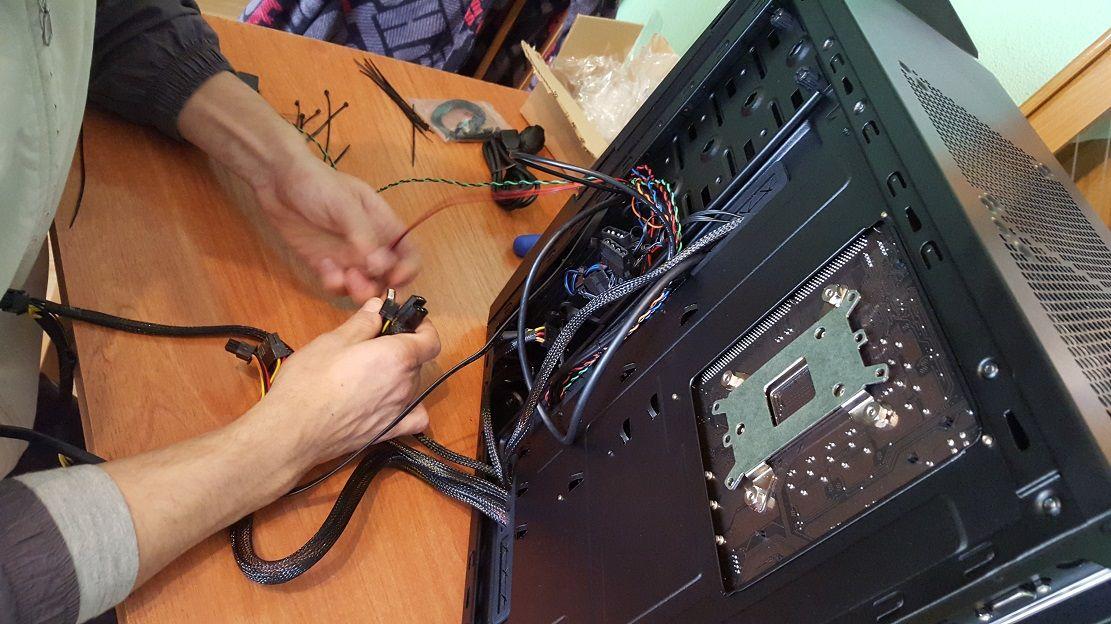 Diez errores frecuentes durante el montaje de un PC que debes evitar 40
