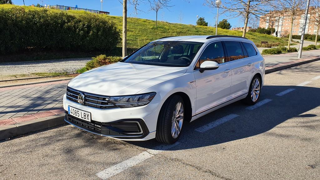 Volkswagen Passat GTE 2019