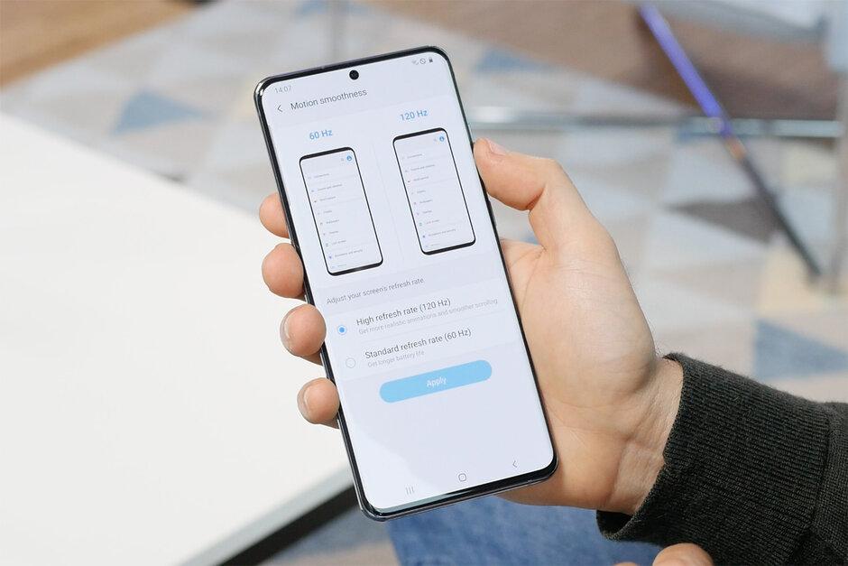 Ajuste de la tasa de refresco de la pantalla en el Samsung Galaxy S20 Ultra