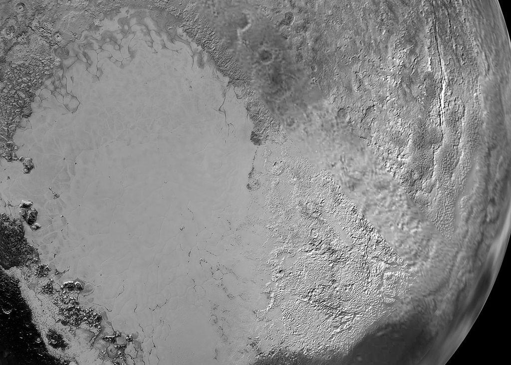 Tombaugh Regio tiene forma de corazón en el planeta enano Plutón