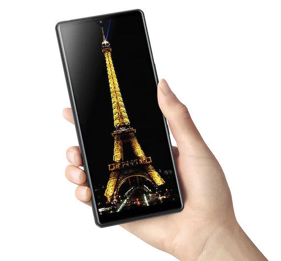 Sony anuncia el móvil inteligente de gama de entrada, Xperia L4 29