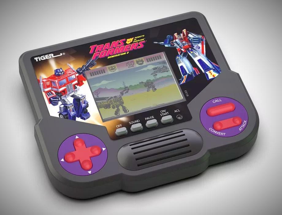 Vuelven las pequeñas videoconsolas Tiger de Hasbro 42