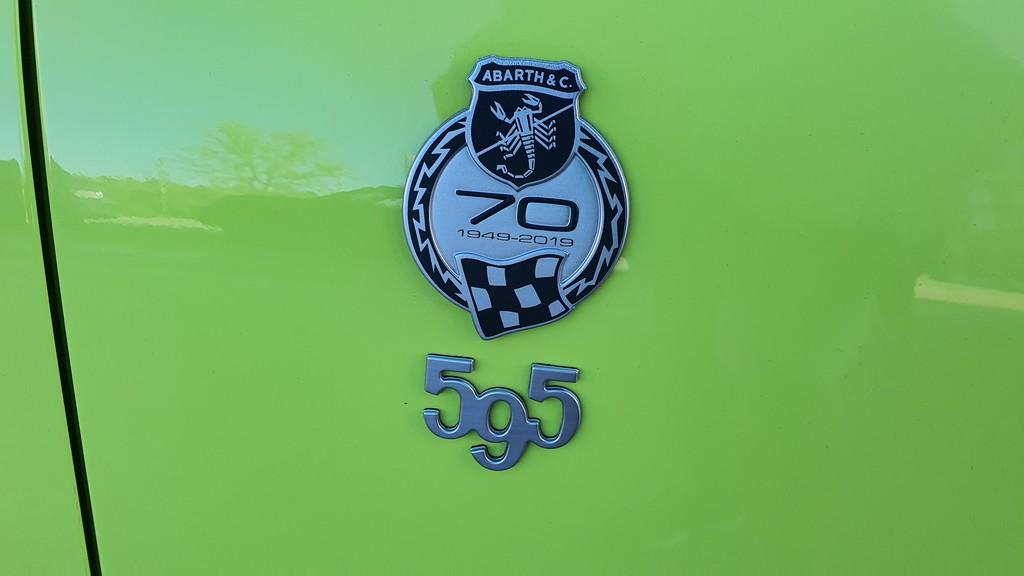 Fiat 500 Abarth 595 Competizione, condensado 35