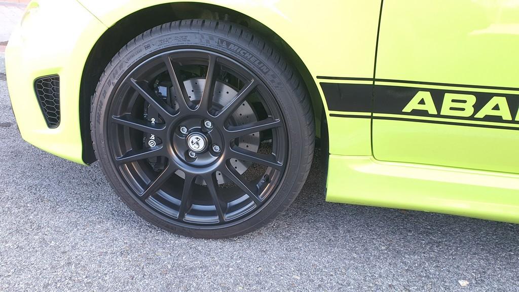 Fiat 500 Abarth 595 Competizione, condensado 33