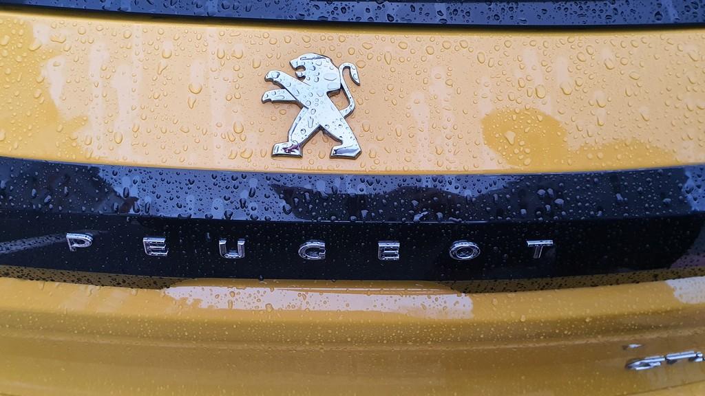 Peugeot 208, mitificando 50