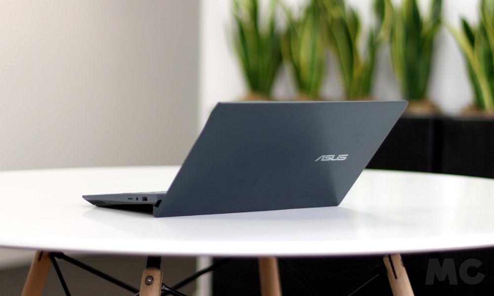 ASUS Zenbook Duo, análisis: elegancia funcional en un portátil verdaderamente innovador 36