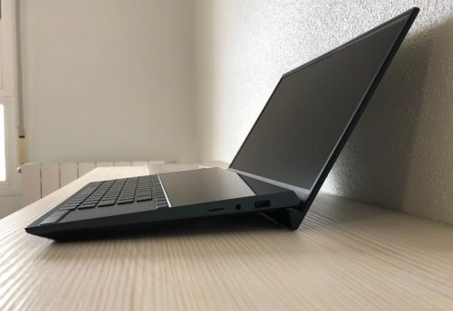 ASUS Zenbook Duo, análisis: elegancia funcional en un portátil verdaderamente innovador 30