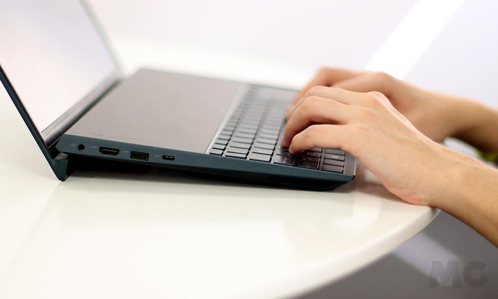 ASUS Zenbook Duo, análisis: elegancia funcional en un portátil verdaderamente innovador 56