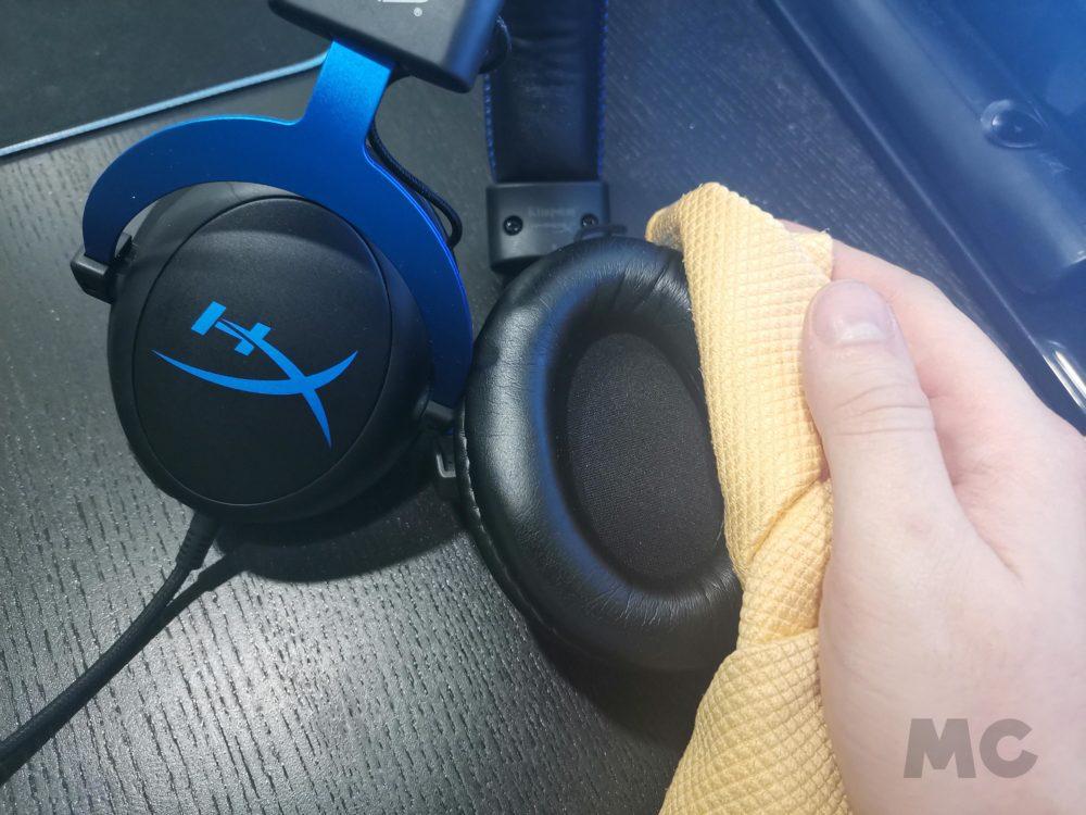 Cómo limpiar y desinfectar los auriculares del ordenador