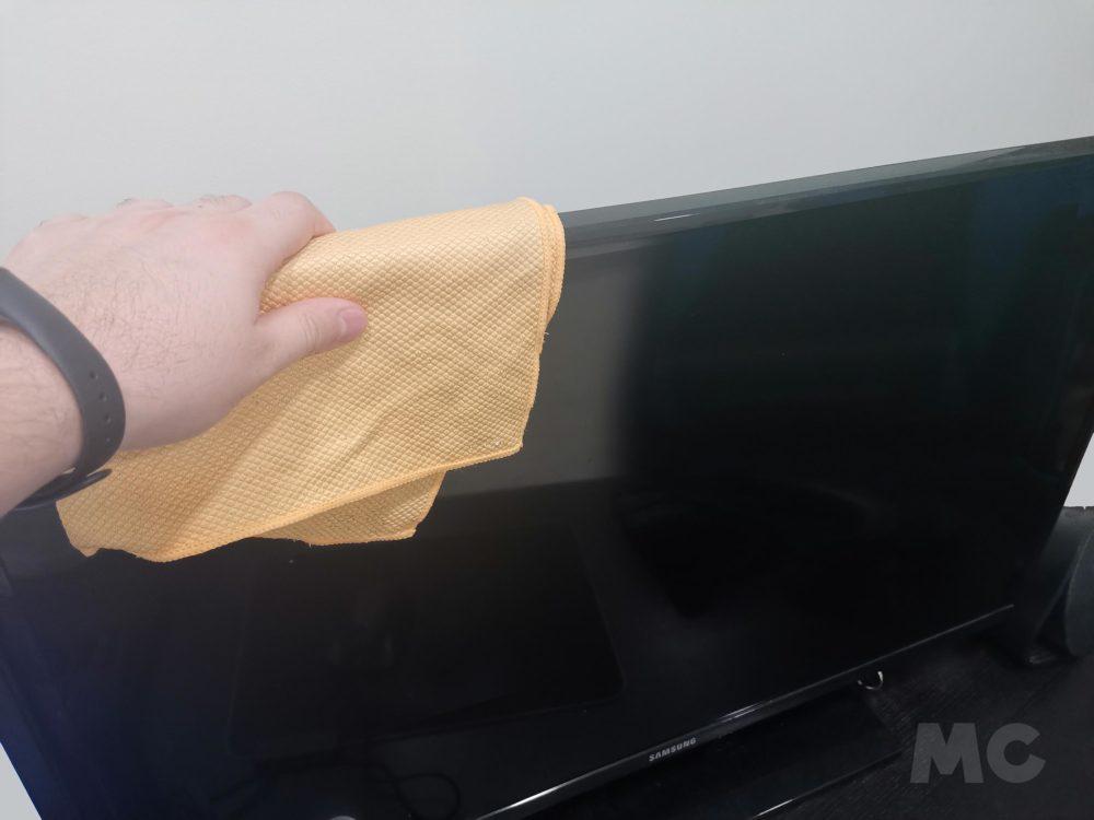 Cómo limpiar y desinfectar la pantalla del ordenador