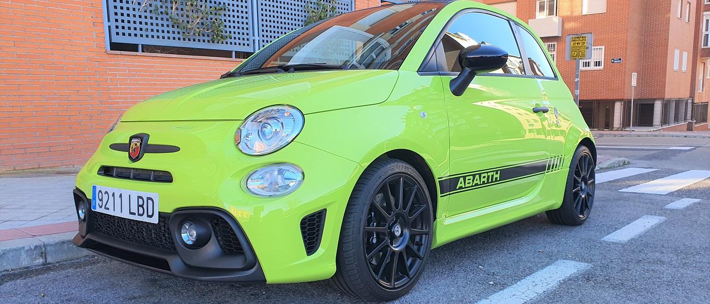 2020 Fiat 500 Abarth Style