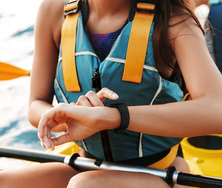 Fitbit Charge 4: especificaciones y precio de esta nueva pulsera de actividad física 35