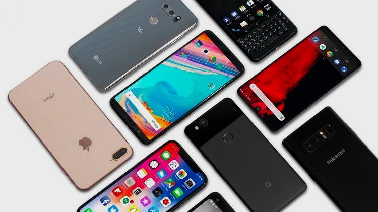 El precio de los smartphones tope de gama sigue subiendo: se normalizan los 1.000 euros 39