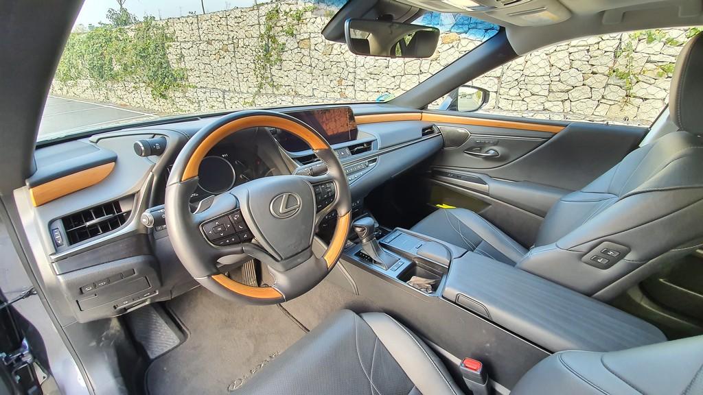 Lexus ES, metas 35