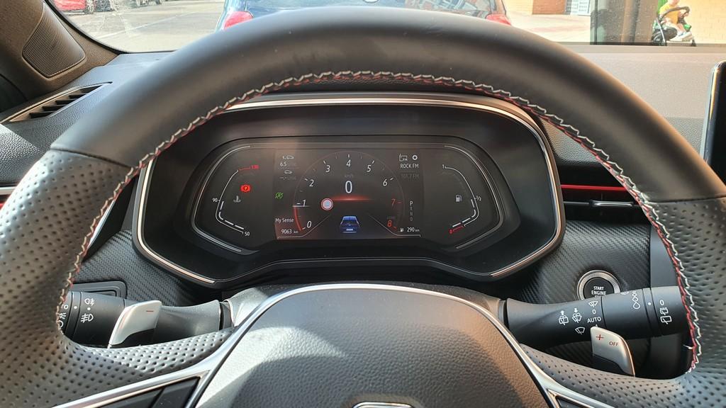 Renault Clio 2020, agilidad 39