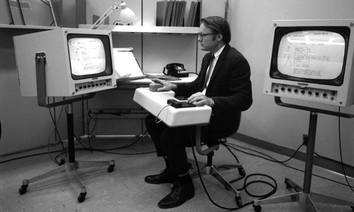 Fallece William English creador raton ordenador