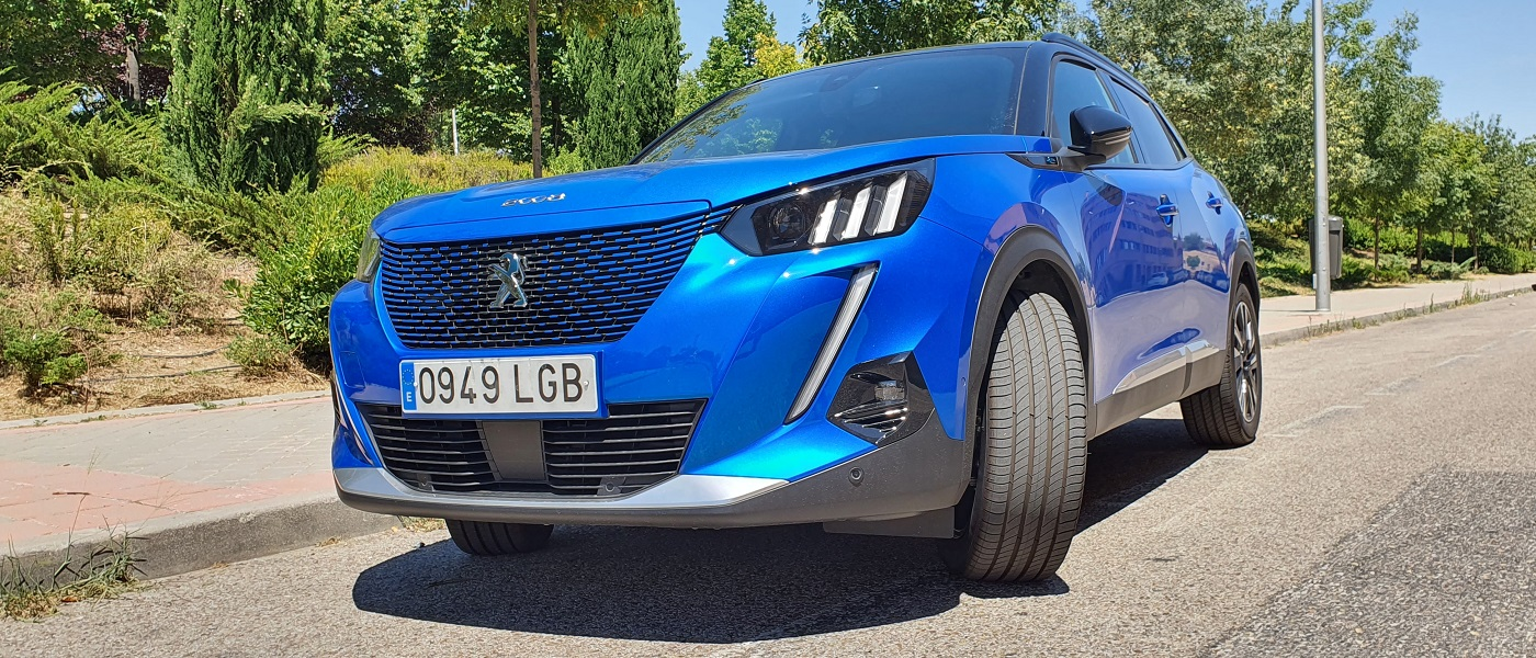 Peugeot e-2008, inexorable 27
