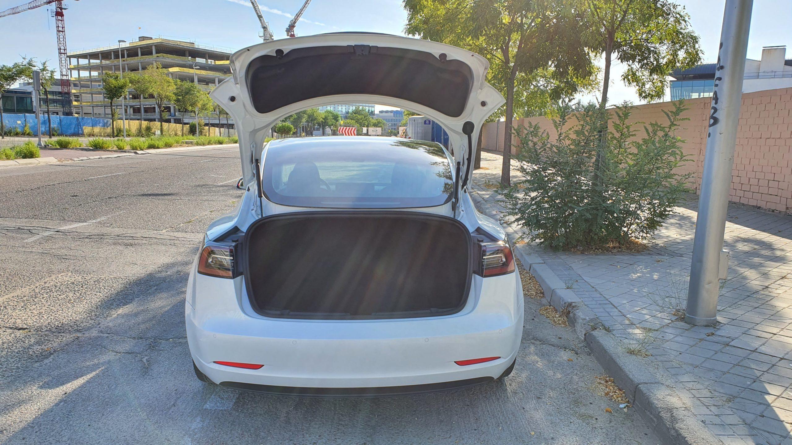 Tesla Model 3, alturas 50