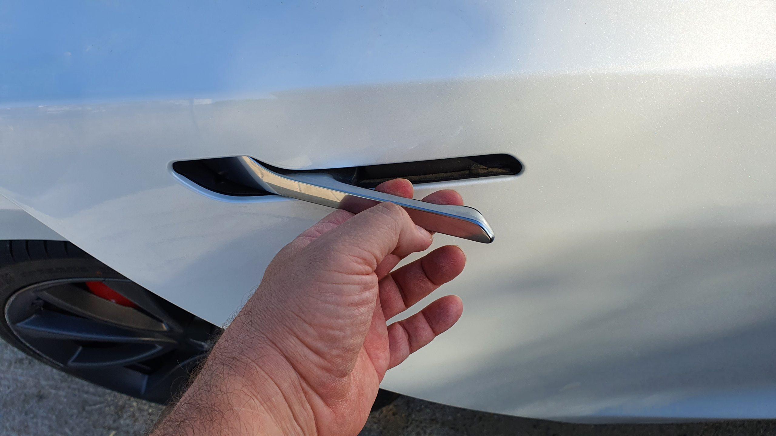 Tesla Model 3, alturas 34
